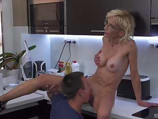 Dear aunt sucks nephew and lets him fuck her pussy