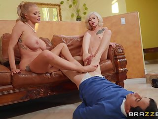 Babes Joslyn James and Kiara Cole give a lover a footjob and sexy fuck