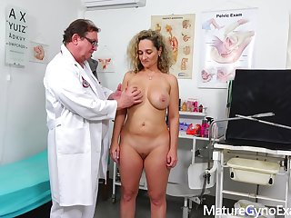 Rectal speculum exam of big-titted mom Ameli Monk