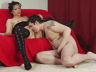Old woman deals young man's penis and provides splendid cam sex
