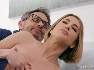 Kinky cock d�marche Kristen Scott fucks her husband's brother