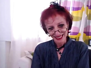 Anorectic Granny In Webcam Show Her pussy