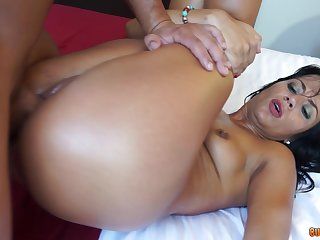 A real delight for mommy to saddle with her pussy with a young dong
